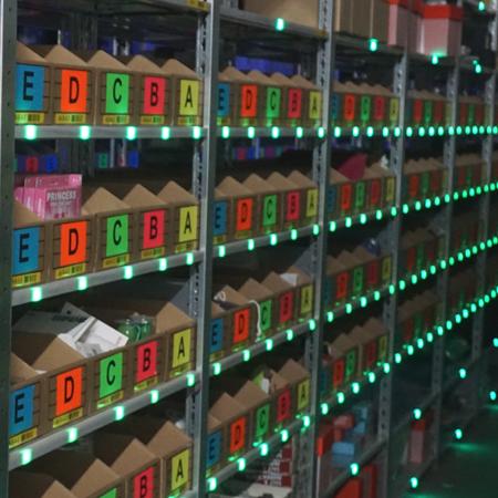 Servergesteuerte LEDs um den Pickvorgang zu erleichtern