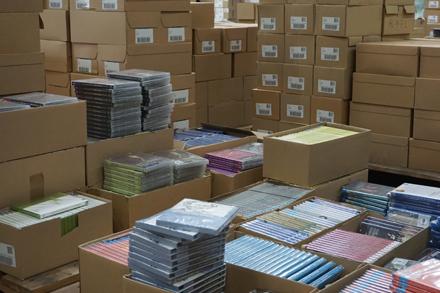 Pakete und CDs für den Werbemittelversand